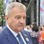 Быков рассказал, почему учителей в Кировской области лишили льгот