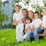 Восемь тысяч кировских многодетных семей получат выплаты