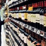 В правительстве рассказали, как будет продаваться алкоголь в новогодние праздники