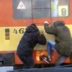 Троллейбусные зацеперы в Кирове вновь попали на видео (ВИДЕО)