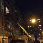 В Кирове 12 человек тушили горящий балкон