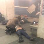 Очевидцы: взрыв в петербургском метро. Есть жертвы (ВИДЕО)