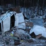 В Коми на трассе перевернулся грузовик: пострадали кировчане