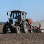 30 районов Кировской области приступили к весенним полевым работам