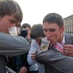 В Кирове выявлен один пьяный школьник, отмечавший «последний звонок»: выпускника отправили в больницу