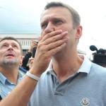 ФСИН потребовала, чтобы Навальный «не смел и думать выехать» за границу