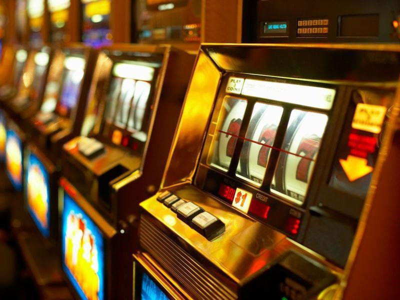 Игровые автоматы в г киров ягодки игровые автоматы играть онлайн бесплатно