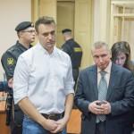 Навального ждет новое разбирательство с «Кировлесом»