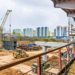 Кировчане мешают рабочим строить путепровод в Чистых прудах