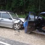 Две легковушки столкнулись в Юрьянском районе во время обгона