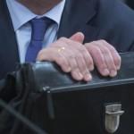 Депутаты Заксобрания области предложили установить доплату бывшим госслужащим