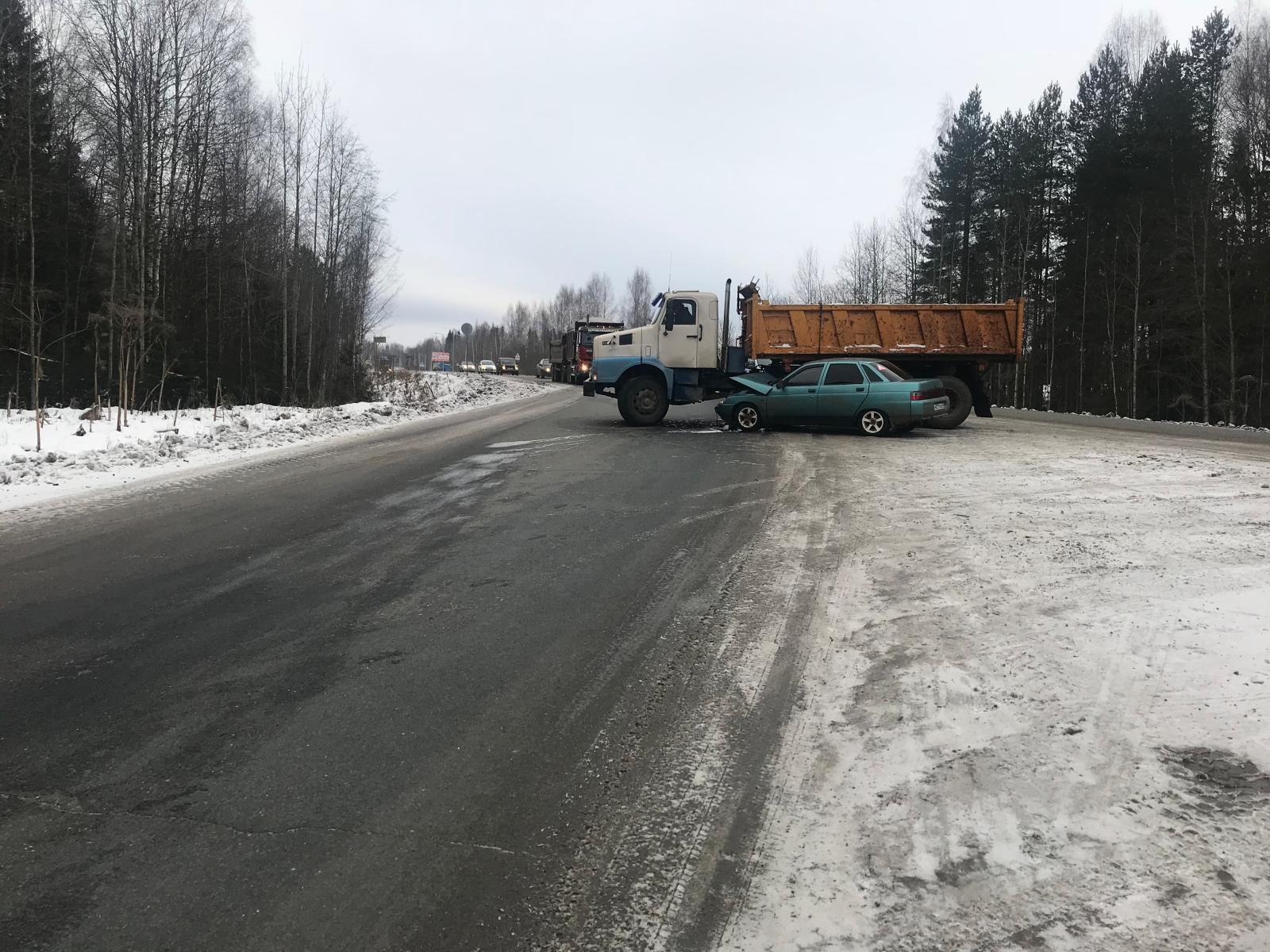 авария грузовик десятка