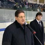 Двукратный Олимпийский чемпион Сергей Макаров открыл хоккейный турнир в Кирово-Чепецке