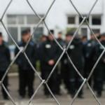 Заключенный из Кирово-Чепецка попытался подкупить сотрудника колонии