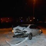 В Кирове водитель «Ниссана» врезался в «Фольксваген»: двое пострадавших
