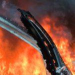 В Оричевском районе в гараже сгорели два автомобиля