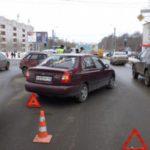 В Кирове столкнулись три автомобиля