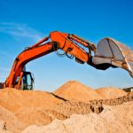 В Немском районе при строительстве дороги компания незаконно добывала песок в местном карьере: возбуждено уголовное дело