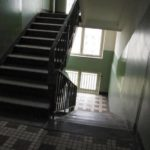 В Чепецке нашли пропавшую 16-летнюю девушку: она ночевала в подъезде с парнем