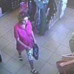 В Кирове женщина похитила обувь из магазина: устанавливается личность