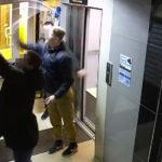 В Кирове трое парней разгромили подъезд