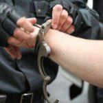 В Котельниче голый мужчина 8 марта решил избить полицейского