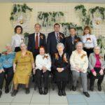 Сотрудники филиала «Кировэнерго» поздравили ветеранов-энергетиков с годовщиной Великой Победы