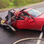 В Мурашинском районе Porsche столкнулся с грузовиком МАЗ