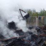 В Кирово-Чепецком районе сгорели строения на трех садовых участках: 42-летний мужчина получил серьезные ожоги