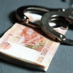 В Белохолуницком районе у мужчины из дома пропали деньги