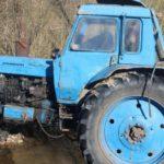 В Малмыжском районе тракторист упал с горы в реку: водитель погиб