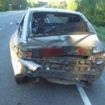 В Яранском районе водитель ВАЗ-2114 врезался в стоящий на обочине ВАЗ-2112