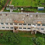 В поселке Богородское ураганом сорвало крышу с детского сада