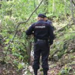 В Кильмезском районе полицейские нашли пропавших детей: 5-летняя девочка и ее 6-летний брат ушли в заброшенную деревню
