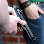 В центре Кирова произошла массовая драка со стрельбой: полиция задержала двенадцать человек