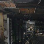 В Омутнинске произошел пожар в продуктовом магазине: выгорел товар и пострадало торговое оборудование