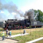 В Вятских Полянах загорелся паровоз-памятник
