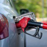 На среднюю зарплату житель Кировской области может приобрести 537 литров бензина: регион на 70 месте из 85 по стране