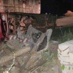 В Юрьянском районе ВАЗ-2105 врезался в бетонный блок: от удара машина опрокинулась на бок