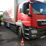 В Кирове грузовик переехал мужчину: пешеход госпитализирован с многочисленными травмами