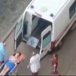 Кировчанка отрезала себе палец на ноге и обнажилась на улице