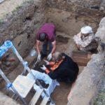 В Подосиновском районе завершили раскопки погребения священномученика Николая Подъякова: мощи отправили на экспертизу в Москву