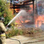 В Кирове сгорел двухэтажный дом: пожар тушили 50 человек