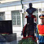 В Уссурийске открыли памятник уроженцу Кировской области, генералу Валерию Асапову