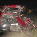 В результате лобового столкновения Volkswagen и Hyundai в Куменском районе два человека попали в реанимацию