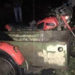 В Омутнинском районе 30-летний мотоциклист-бесправник врезался в опору ЛЭП