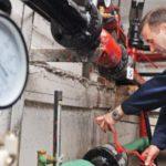 В Кирове начали включать отопление в школах, детских садах и больницах