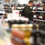 Минздрав поддержал повышение возраста продажи алкоголя до 21 года