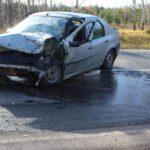 В Кильмезском районе столкнулись «Рено» и «Ситроен»: два человека госпитализированы