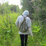 В Котельничском районе полицейские вывели из леса двух заблудившихся женщин